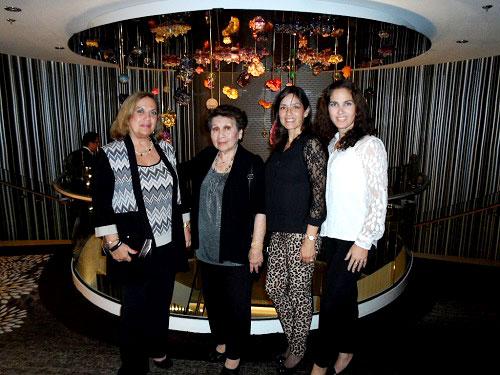 Aída Loredo, Juanita Sasieta, Joanna Sasieta y Karinna Scheelje.