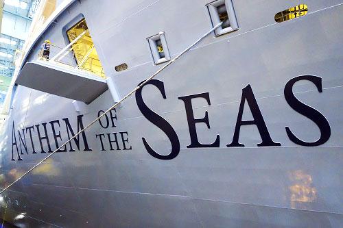 El barco partió del Bayone Newark Port.
